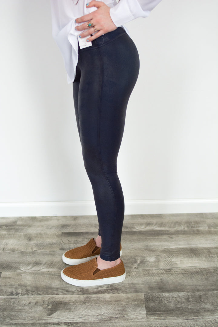Ready To Wow Legging (Navy)