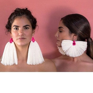 Orejas de Conejo Fuchsia Raw Cotton Earrings