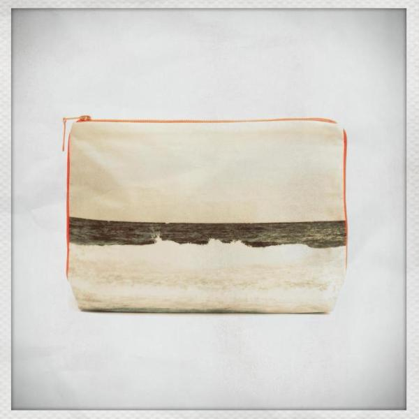 Tulum Black & White Pouch