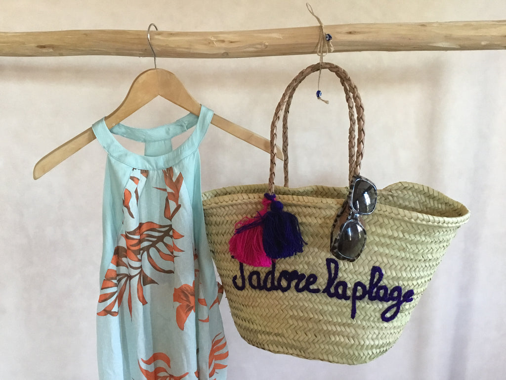 J'adore la plage Embroidered Basket
