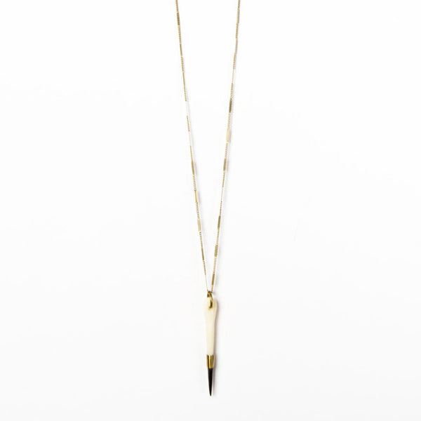 Three Tone Spear Pendant Necklace