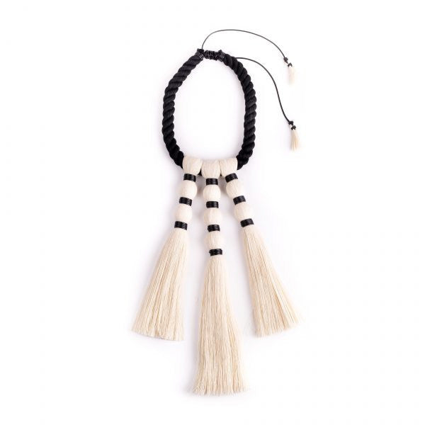 'Tres Brujas' Necklace