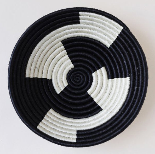 INDEGO AFRICA, Black White Geometric Plateau Basket