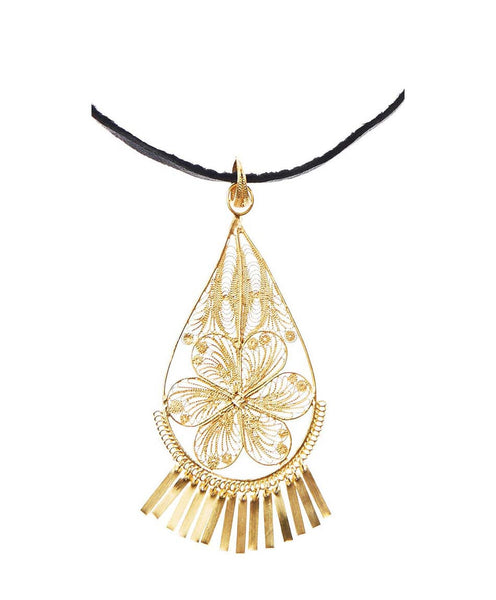 18K Gold Plated Silver Filigree Leather Flor Pendant Necklace