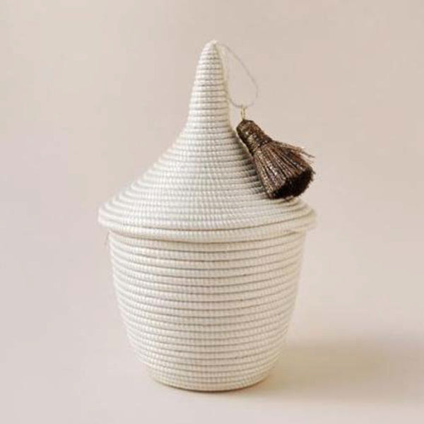 INDEGO AFRICA, Mini Tassel Peace Basket