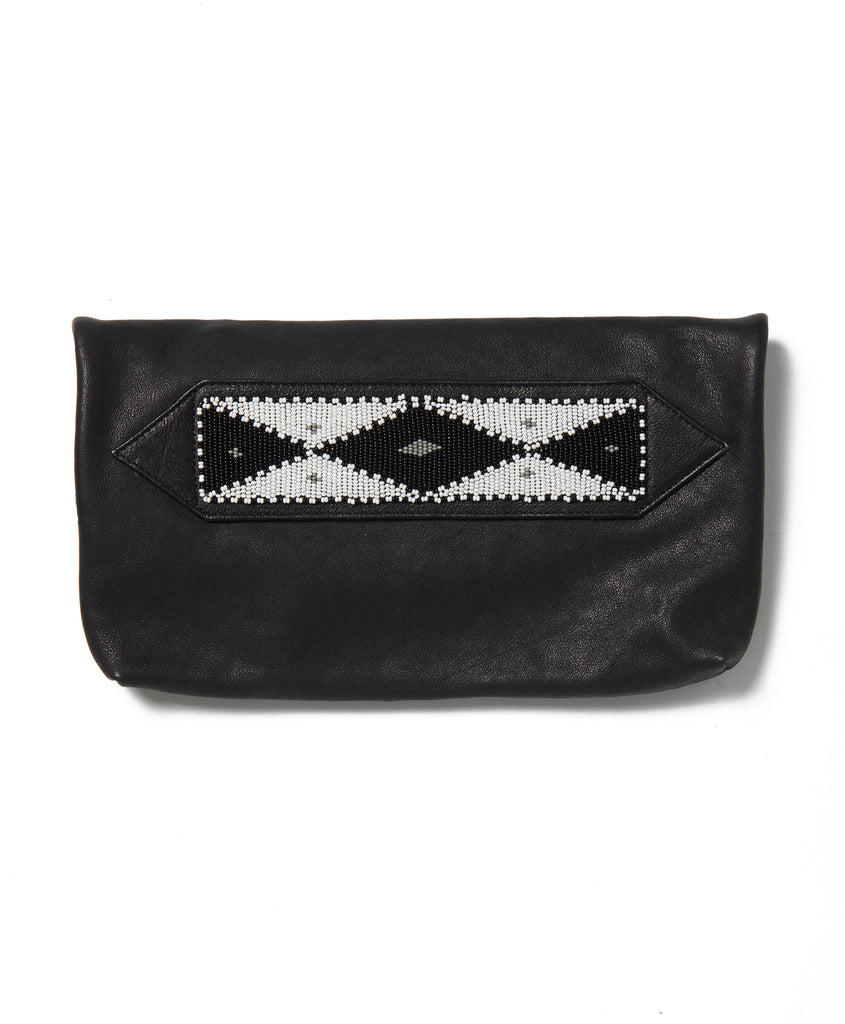 Black Waxed Cow Diamond Tassel Clutch