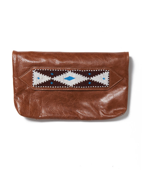 Brown Waxed Cow Diamond Tassel Clutch