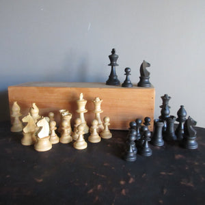 Vintage Staunton Wooden Chess Set