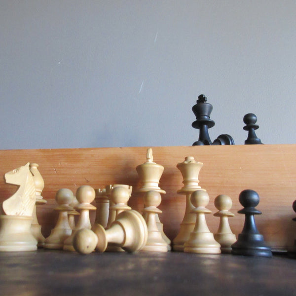 Staunton Wooden Chess Set