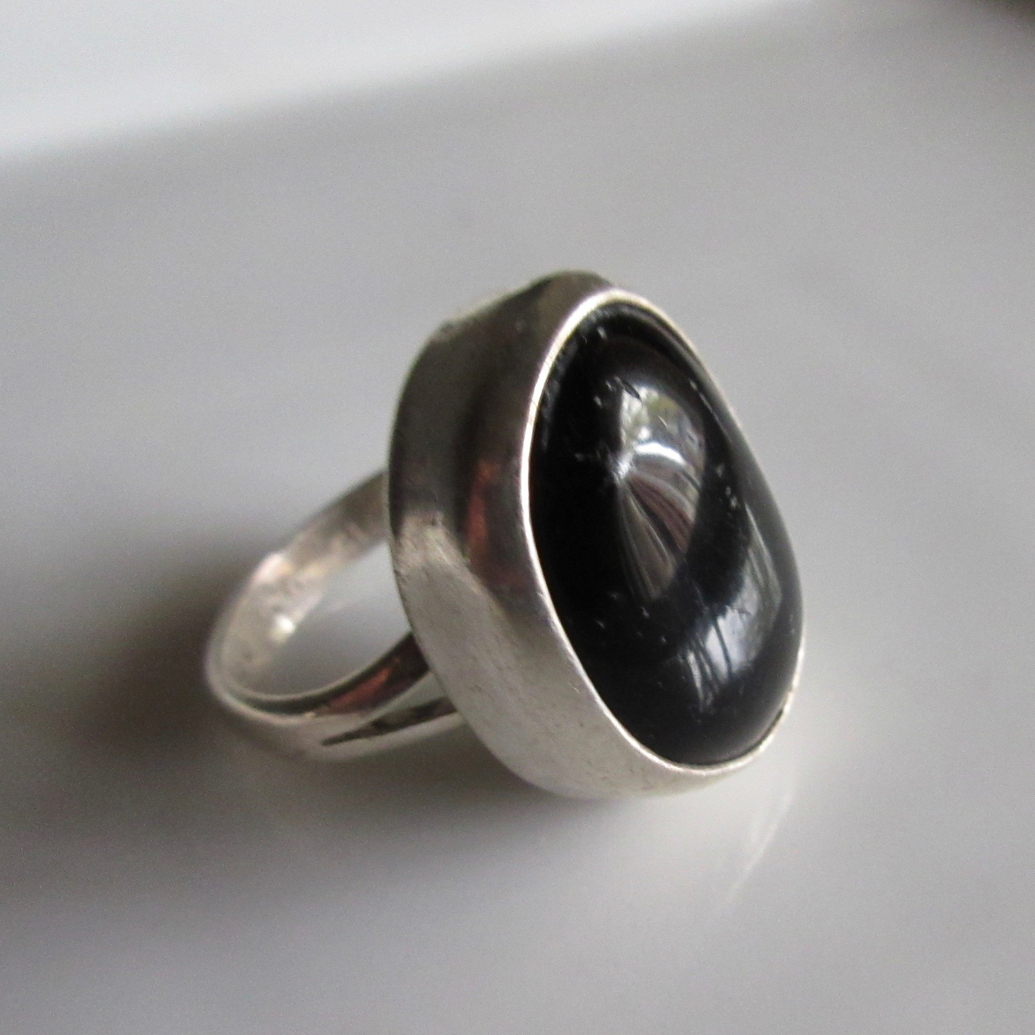 Oxnx Sterling silver ring