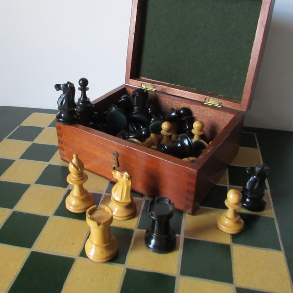 Staunton chess set and board