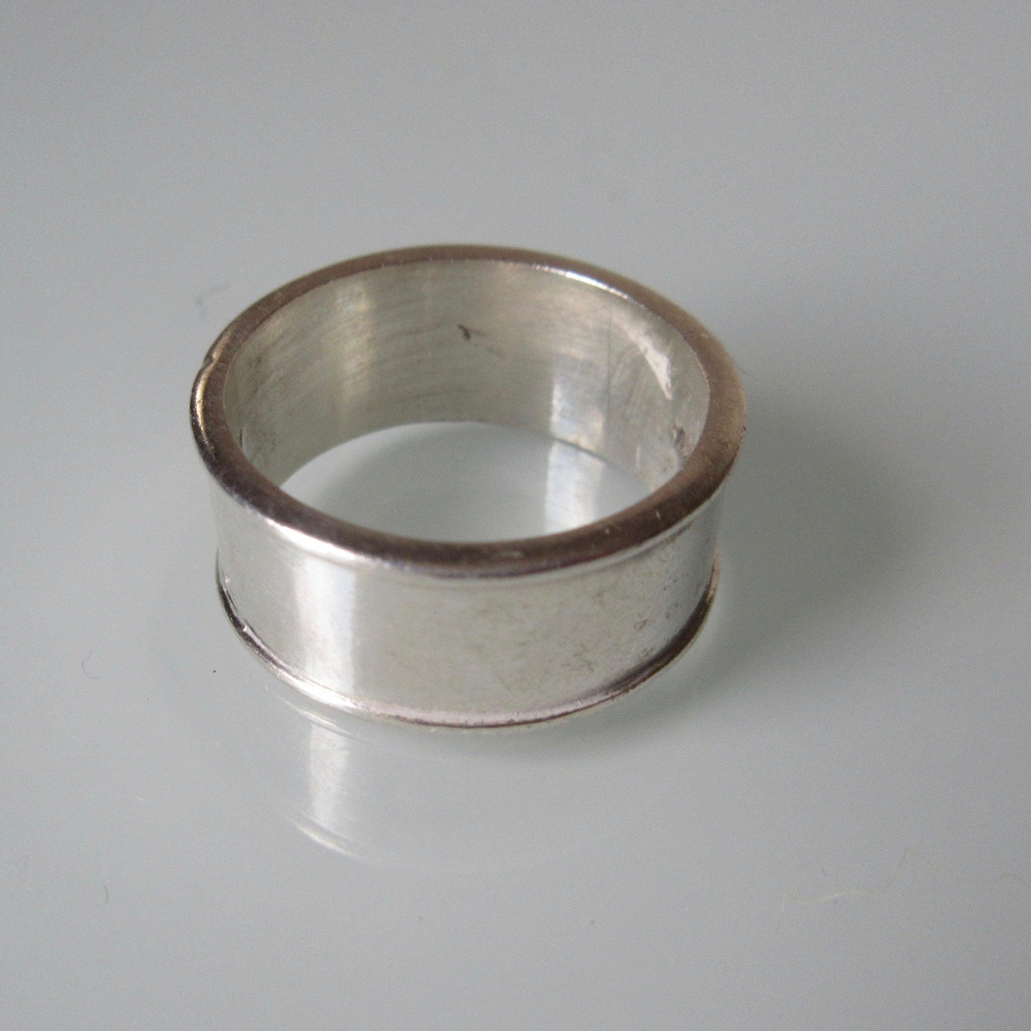 Vintage Sterling Silver Band Ring - Edge Rim