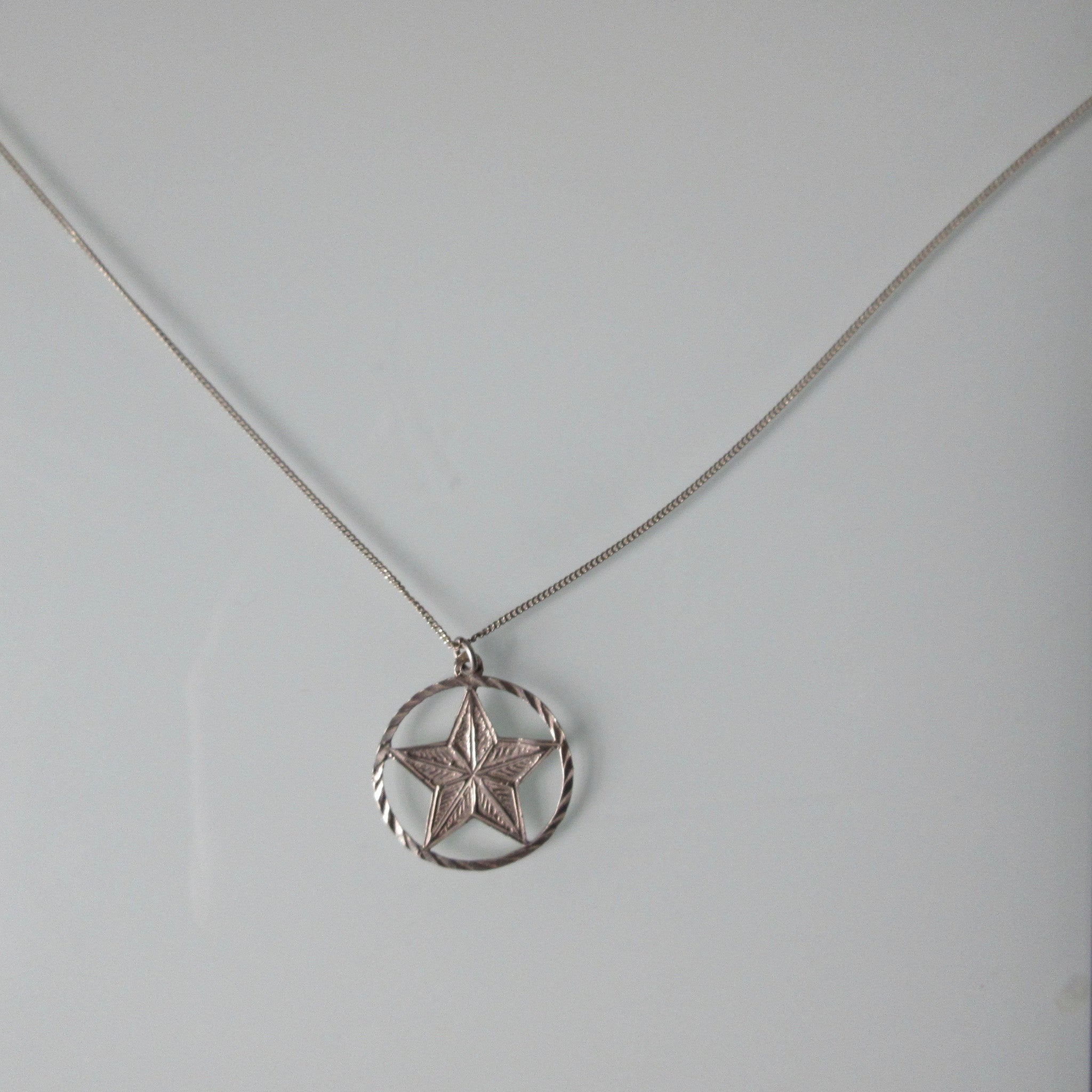 Vintage Sterling Silver Star of David Pendant & Chain
