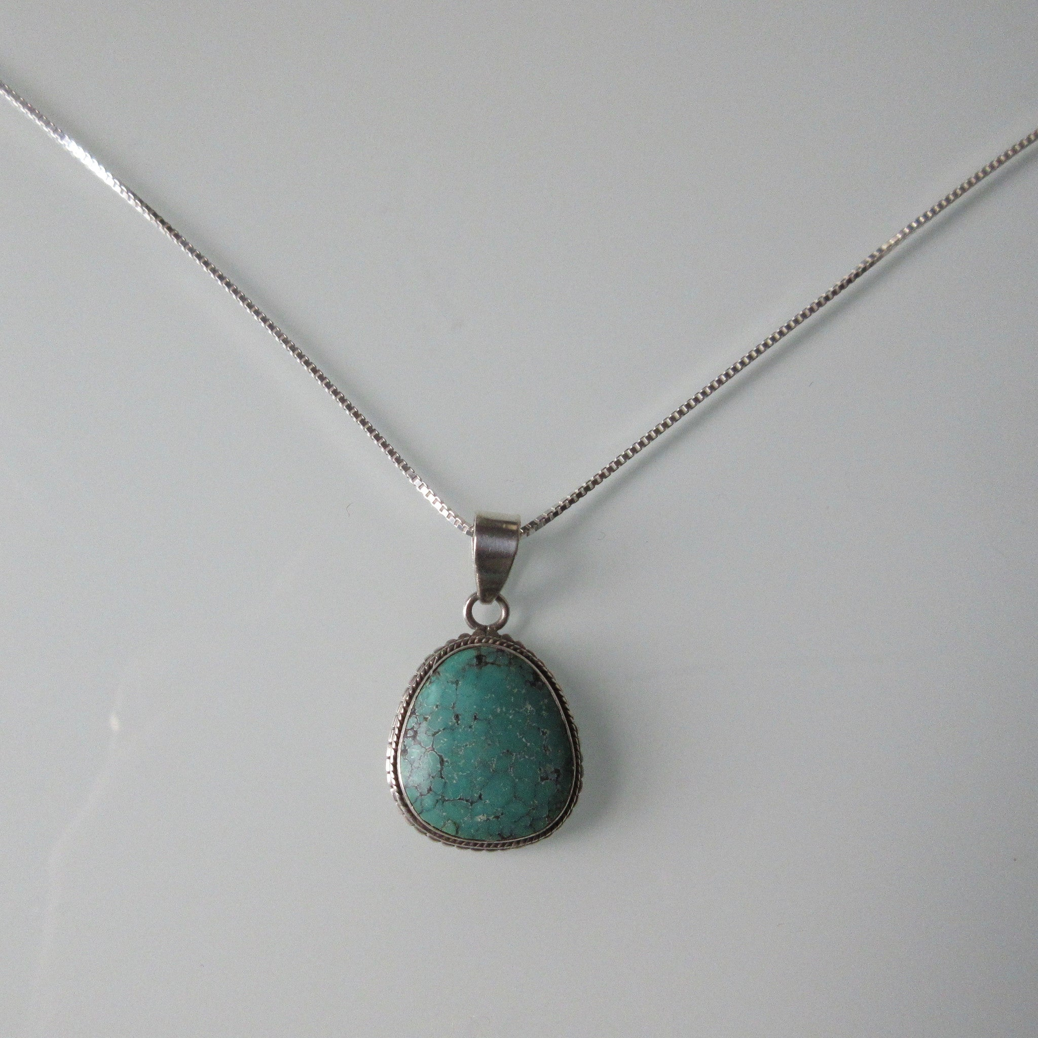 Turquoise Pendant & Sterling Silver Chain 22""