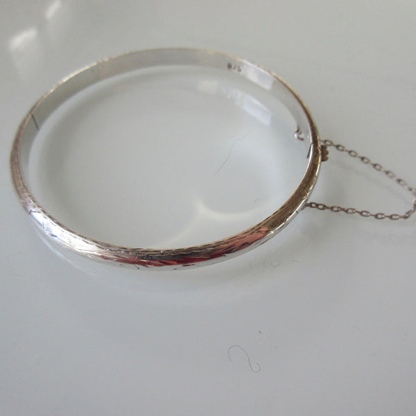 Sterling Silver Hinged Bracelet Bangle