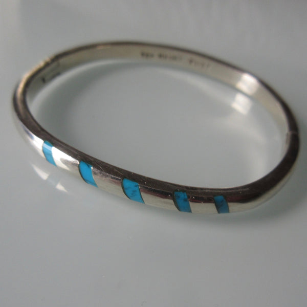 Navajo Style Sterling Silver Turquoise Hinged Bangle