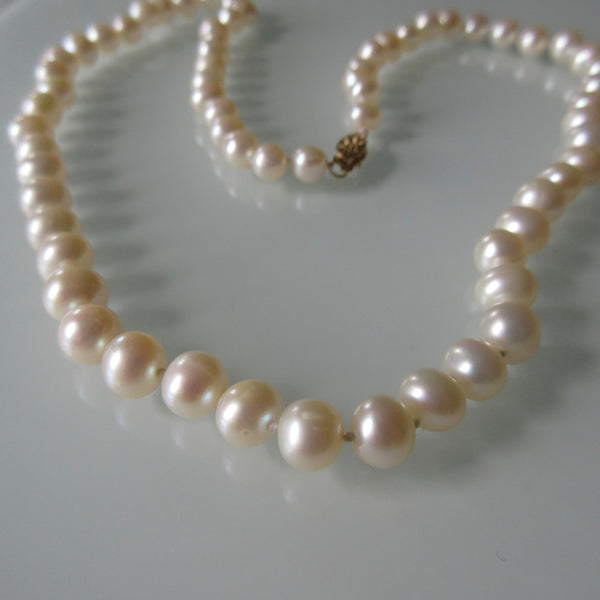 Fresh Water Pearls Hallmarked Gold Clasp