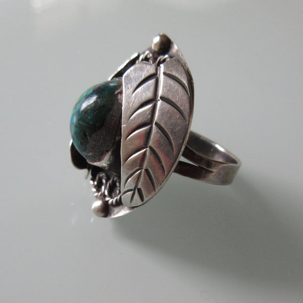 Navajo Old Pawn Sterling and Turquoise Ring Leaf Detail