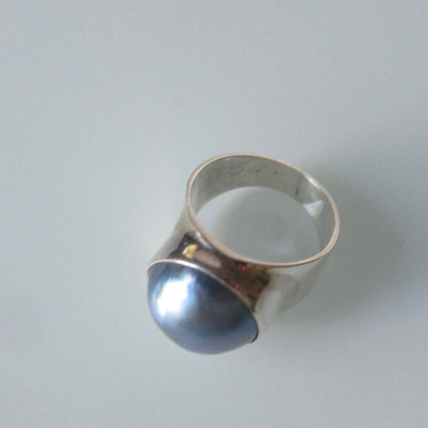 Mid Century Modern Blue Mabe Pearl Sterling Silver Ring