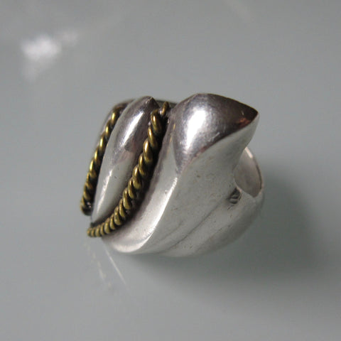 Vintage Sterling Silver Brass Detail Ring