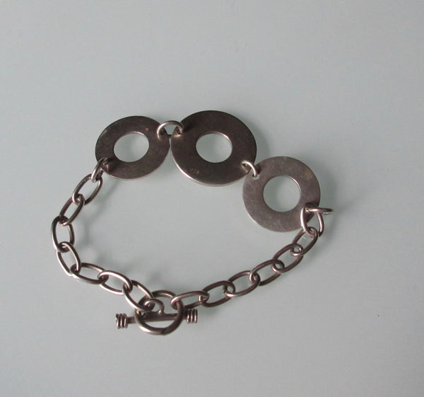 Contemporary Sterling Silver Circle Link Bracelet