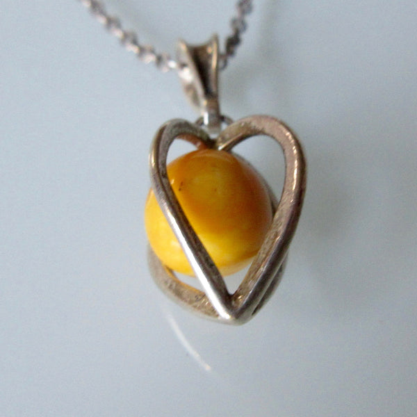 Stone in Caged Heart Pendant and Sterling Silver Necklace