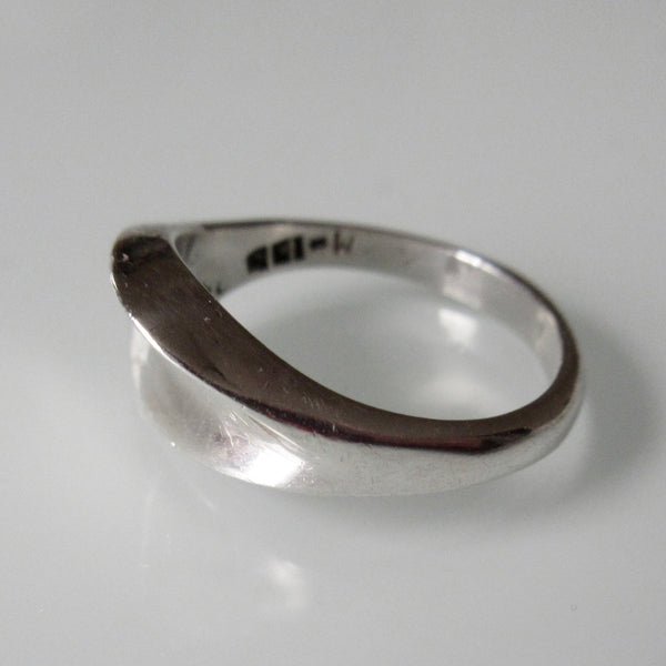 Curved top Sterling Silver Ring