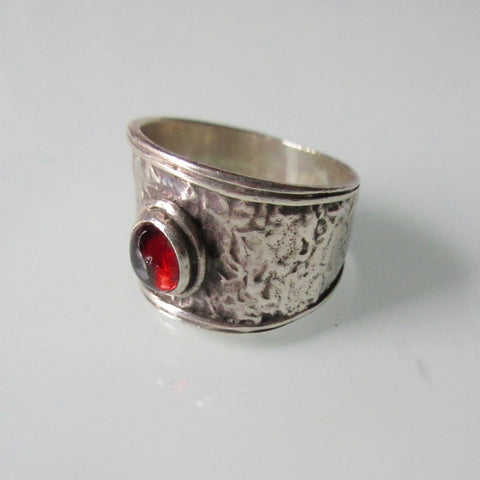 Modernist Textured Ring Red Stone