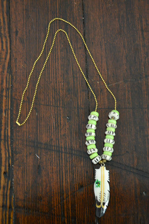 Little Turtle Feather Necklace in Lime - Noa & Vivi Kids Apparel