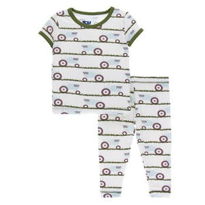 Short Sleeve Pajama Set in Natural Tractor and Grass