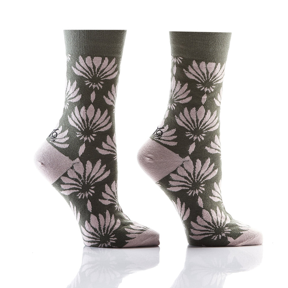 What in Carnation: Women's Crew Socks