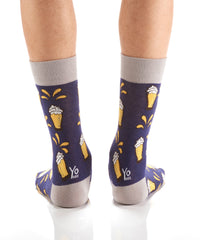 Beer O'Clock: Men's Crew Socks - Yo Sox Canada