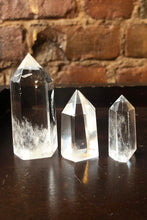 Load image into Gallery viewer, Clear Quartz Point
