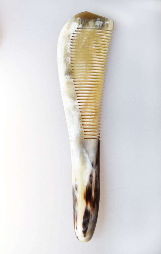 White Streaked Chinese Horn Comb