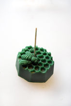 Load image into Gallery viewer, Honeycomb Beeswax Candle