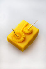 Load image into Gallery viewer, Double Wick Sunflower Beeswax Candle