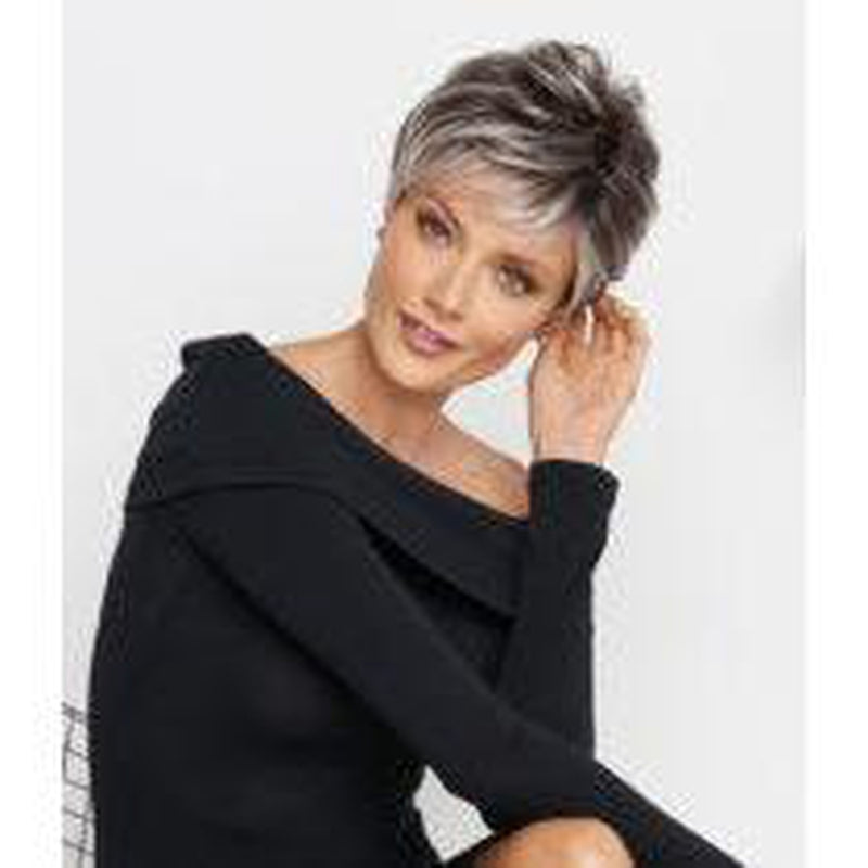CRUSHING ON CASUAL - Wig by Raquel Welch - Sheer Indulgence�??? - BeautyGiant USA