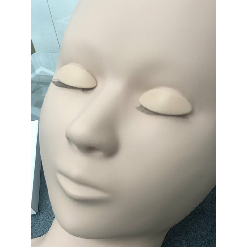 New Eyelash Practice Mannequin with 3 sets of removable eyes.