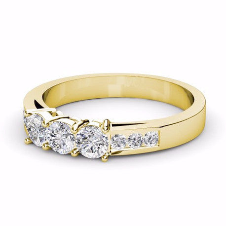0.60CT TW Three stone Diamond Band 18K Gold