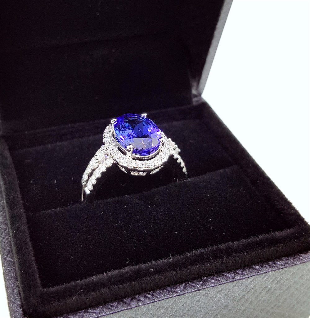 Natural Tanzanite Diamond Engagement Ring 18K Gold