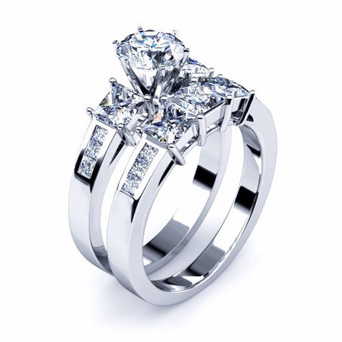 Round & Princess Cut Diamond Bridal Set 18K Gold