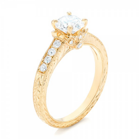 Round Cut Diamond Vintage Engagement Ring 18K Gold
