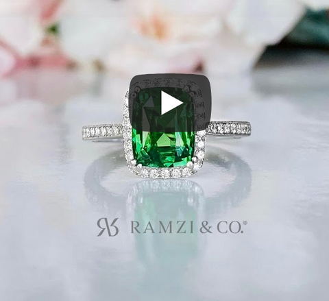 natural+green+tsavorite+halo+vintage+engagement+ring+white+gold