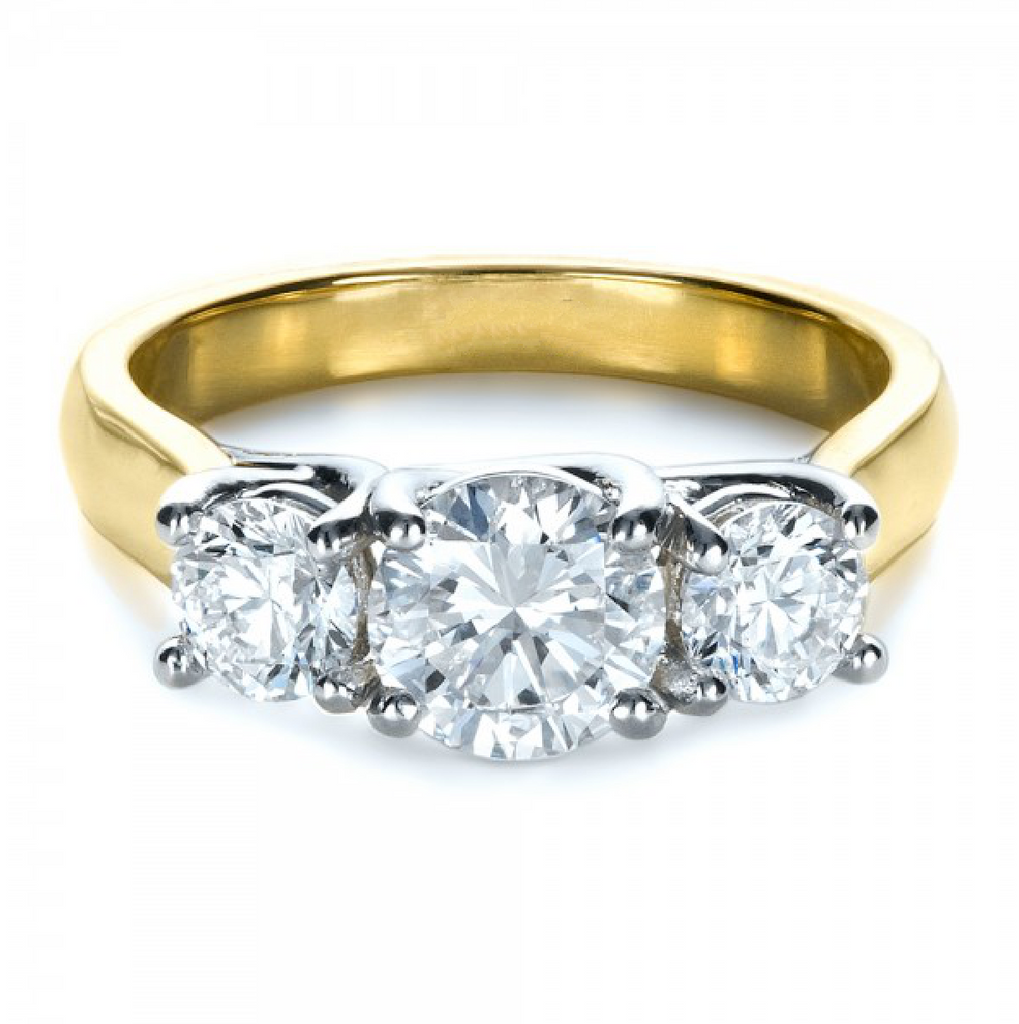 Round Cut Diamond Three Stone Ring 18K Gold