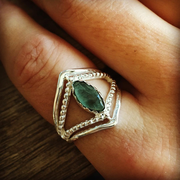 Ring apatite eye sterling silver