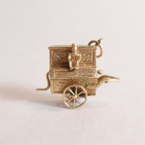 Vintage 9ct Gold Piano (Music Box) Charm Pendant
