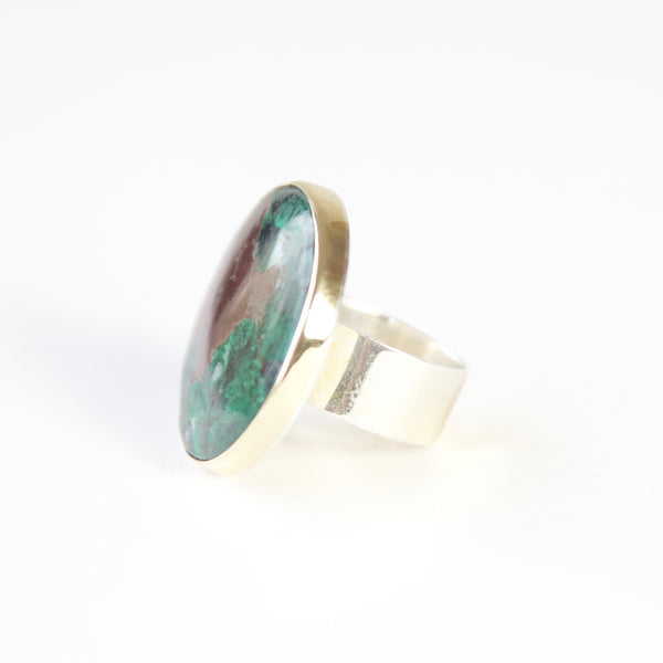 Round Chrysocolla Gemstone Ring in Silver and gold - left side