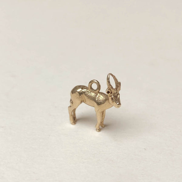 Vintage 9ct Gold Charm - Reindeer Stag Charm for charm bracelets