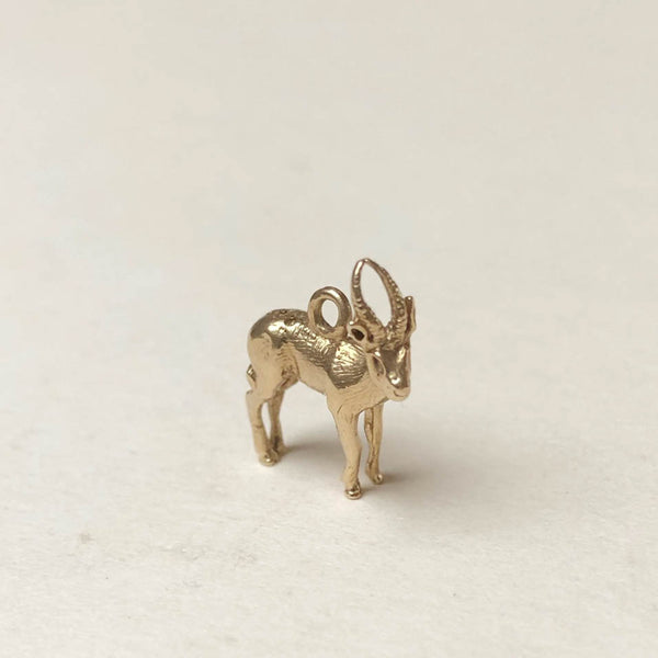 Vintage 9ct Gold Charm - Reindeer Stag Charm - rare unique charms