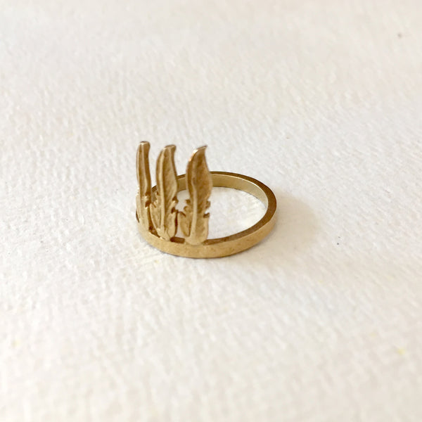 alice eden gold 3 feather chief ring